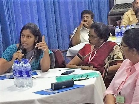 SARE participants discuss ongoing efforts to control rabies in Sri Lanka. (Photo: GARC)