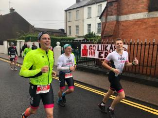 (From left to right) Will Willis, Jeremy Ward and Tom Willis running the second half of the marathon. (Photo: Alice Horgan))
