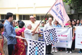 Rally being flagged off by Air Comm.J L N Sastry, on 28th September  at Bhavans college, along with Mr.Siddharth Daga and Mr.Ajit Nair of Vins Bioproducts
