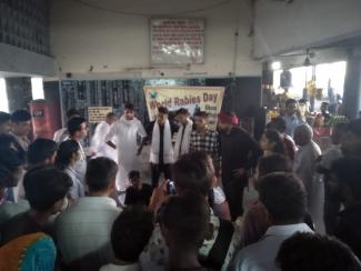 Graduate students performing street show on the theme Rabies: Vaccinate to eliminate at Inter State Bus Terminal